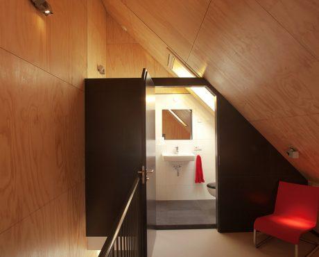1-010411-interieur-huisje-1-b